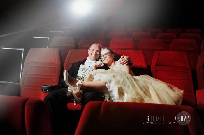 Hääkuva miljöössä elokuvateatterilla - Studio Liikkuva - Valokuvausta Turussa