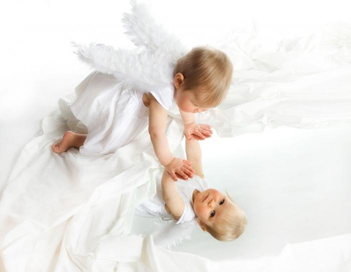 Lapsikuvaus peilin avulla studiolla - Studio Liikkuva - Turussa